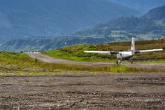 Why I believe tarmac runways in Papua are not as safe as non-sealed runways for tailwheel aircraft.