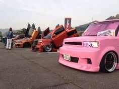 one pink xB at Scion car show