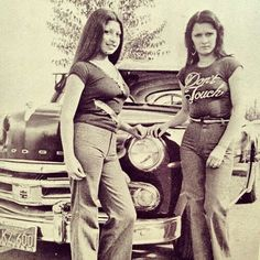 .Old school cholas http://www.cholonation.com