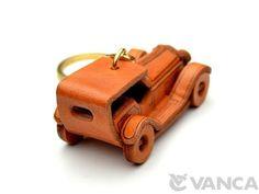 Classic Sedan Leather Keychain(L)