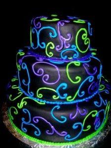 bolo neon para aniversário 15 anos