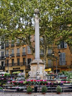 Fountain, Place de l'Hôtel de Ville, Aix-en-Provence by philhaber, via Flickr