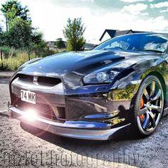 Glistening Chrome Nissan GTR