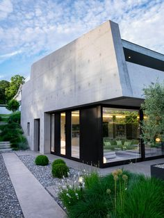 2LB House by Raphaël Nussbaumer Architectes, landscape by Pascal Heyraud