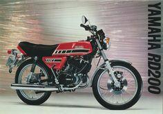 Yamaha RD200D