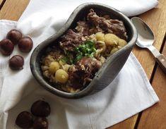 O sabor da carne de coelho e seus temperos casam na perfeição com a castanha, de sabor tão singular