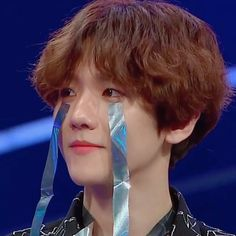 he never changed pls :( im sad Memes Exo, Funny Kpop Memes, Kpop Exo, Baekhyun Chanyeol, Exo Ot12, Chanbaek, Meme Faces, Funny Faces, Orlando Bloom
