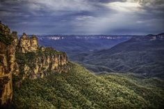 The Blue Mountains range  Read more on the article here: http://www.traveltherenext.com/things-to-do/item/669-the-blue-mountains-australia  #visitaustralia #bluemountains #mountainrange #mountain #discover #adventure #travel #traveltherenext