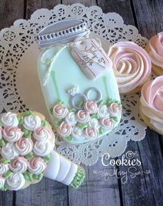 Mason jar wedding cookies~    By Cookies by Missy Sue, Green jar, pink, roses, wedding rings