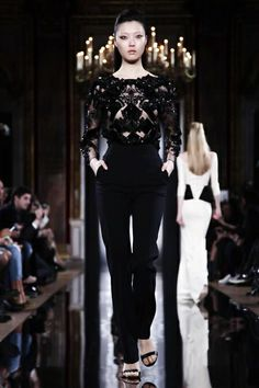 Valentin Yudashkin Ready To Wear Fall Winter 2014 Paris...Gorgeous, love everything. Change the color & pants shape. Work with your seamstress to achieve this look.