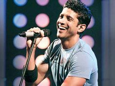 Farhan Akhtar's 'Rock On 2' Tour http://www.ndtv.com/video/player/news/farhan-akhtar-s-rock-on-2-tour/349515