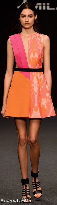 Byblos Milano Spring Summer 2015 Ready-To-Wear Summer 2015, Summer Time, Spring Summer, Kids Fashion, Women's Fashion, Glamour Beauty, Italian Fashion Designers, Bright Spring, Red And Pink