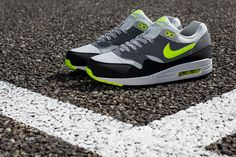 Nike Air Max 1 Essential - Dusty Grey / Volt - Cool Grey - Black | KicksOnFire.com
