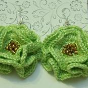 Coral Flower  earrings - via @Craftsy