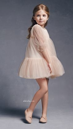 Must Have of the Day: Truly, Madly, Dreamy Dress from Nellystella Vogue Kids, Girls Dresses, Flower Girl Dresses, Mini Vestidos, Tiered Dress, Cute Baby Clothes, Kid Styles, Baby Dress, Cool Kids
