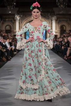 We Love Flamenco 2020 - Sevilla Spanish Fashion, Spanish Style, Bohemian Gypsy, Summer Dresses, Formal Dresses, Western Wear, Beautiful Gowns, Playing Dress Up, Fashion Dresses