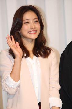 Pin by 서현 on 여배우 in 2020 Girls In Love, Cute Girls, Satomi Ishihara, Figure Poses, Japan Girl, Celebs, Celebrities, Ulzzang Girl, Pretty Face
