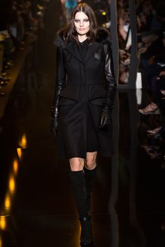 Elie Saab Fall 2015 Ready-to-Wear Collection - Vogue