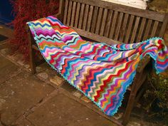 Zig-zag by Apples-and-Pears 123 Photo, Pears, Outdoor Furniture, Outdoor Decor, Zig Zag, Sun Lounger, Apples, Blankets, Cover