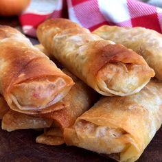 Receta de Empanaditas de Masa Filo, rellenas con Atún, Morrón y Cebolla, bien crocantes, facilísimas y cargadas de sabor!!