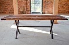 Stół X-Frame projektu Kornik Vintage Industrial Furniture  - PLN Design