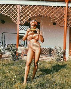 Sara Carvajal de Popa (@saracarvajaldepopa) • Instagram photos and videos Bikinis, Swimwear, Photo And Video, Retro, Instagram, Videos, Photos, Outfits, Fashion