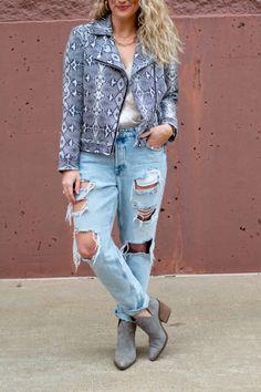 Destroyed Boyfriend Jeans + Snakeskin Jacket.   Le Stylo Rouge