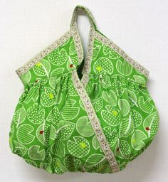 Kokka Fabrics Gathered Cashe couer Handbag - Free Sewing PDF