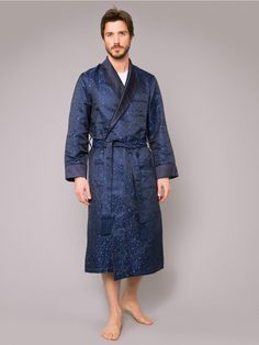 Our traditional dressing gown is made to a timeless specification designed by Derek Rose; each one is handmade in the finest silk at our English workshop. Men's Robes, Barefoot Men, Peignoir, Gq Fashion, Fashion Outfits, Mens Clothing Styles, Lounge Wear, Sexy, Male Feet