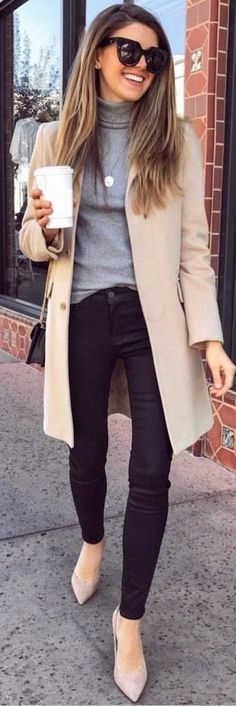 ideas for spring outfits casual women Outfit Chic, Coat Outfit, Cozy Winter Outfits, Fall Outfits, Casual Outfits, Winter Wear, Winter Clothes, Casual Shoes, Formal Winter Outfits