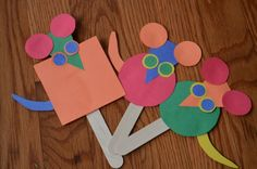 Mouse puppets! Practice shapes and storytelling with Mouse Shapes puppets! Mouse Crafts, Daycare Crafts, Toddler Crafts, Crafts For Kids, Arts And Crafts, Book Crafts, Mouse Paint Activities, Preschool Activities, Preschool Shapes