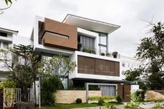 Modern home design Modern House Facades, Modern Architecture House, Residential Architecture, Bungalow House Design, House Front Design, Modern House Design, Villa Design, Facade Design, House Elevation