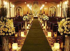 Em geral, os casamentos de inverno são realizados em lugares fechados, o que torna a ocasião mais formal do que nas outras estações. Realiza...