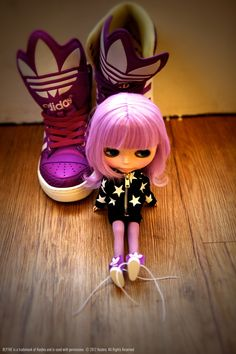 An iconic doll named Blythe was the starting point for Taiwanese customization artist BUBUJOJO for the #WSP project. She took key pieces from the adidas Originals collection, and made customized mini-Originals wardrobe items for Blythe. Blythe dolls