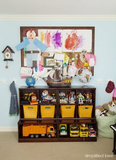 boys bedroom with toy storage and pin board // Simplified Bee #boys #bedroom #storage
