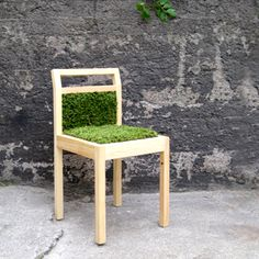 Jouko Kärkkäinen is a Finnish designer and Masters of Arts, who designs products and makes artworks mainly employing wood. Masters, Artworks, Dining Chairs, Wood, How To Make, Design, Home Decor, Products, Master's Degree