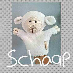 Handpop schaap Sandy gehaakt door Helanda Gerrits #haken #haakpatroon #gehaakt #amigurumi #knuffel #gehaakt #crochet #häkeln #cutedutch