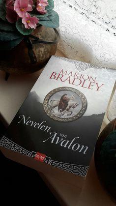 Nevelen van Avalon - Marion Bradley