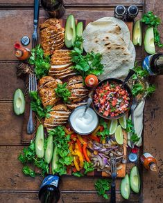 food platters * food ` food recipes ` food videos ` food photography ` food and drink ` food recipes for dinner ` food aesthetic ` food platters Good Food, Yummy Food, Tasty, Mexican Food Recipes, Dinner Recipes, Brunch Recipes, Food Platters, Party Platters, Cooking Recipes