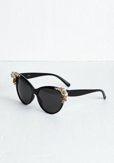 Don't Worry, Bee Happy Sunglasses | Mod Retro Vintage Sunglasses | ModCloth.com
