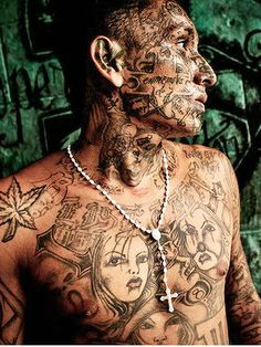 Latino Prison Tattoos Chicano, Power Tattoo, Full Back Tattoos, Face Tattoos, Through The Looking Glass, Mexican Style, Body Modifications, Dark Beauty, Life Images