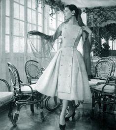 clover-vintage:  1956 La Femme Chic Magazine