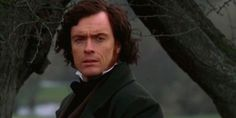 Toby Stephens, son of Maggie Smith as Mr. Rochester in Jane Eyre. There have been numerous adaptations of Charlotte Bronte's most famous novel, Jane Eyre. This BBC adaptation shown in Autu. Jane Eyre Bbc, Jane Eyre 2006, Toby Stephens, Famous Novels, Maggie Smith, Mr Darcy, Star Wars, The Book Thief, Episode 3