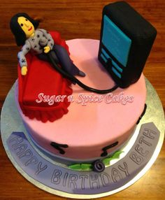 Karaoke Cake For more detailed pictures of this cake visit https://www.facebook.com/sugarnspicebycher