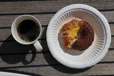 ulkosaaristossa: Sumussa aurinkoiseen Rödhamniin French Toast, The Incredibles, Breakfast, Food, Morning Coffee, Essen, Meals, Yemek, Eten