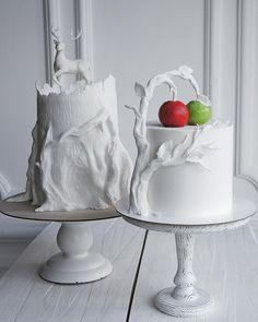 У Елены Гнут, каждая работа уникальна, каждый дизайн торта выверен до мелочей и продуман, каждая идея - завораживает и восхищает. Автор instagram.com/elena_gnut_cake ------------------------------- Дорогие подписчики, чем или кем вы вдохновляетесь для создания своих шедевров? Пишите в комментариях