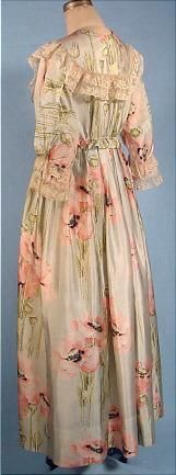 Art Nouveau China Silk Poppy Print Tea Gown (c. 1917)