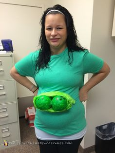 Twin Pregnancy Costume Two Peas in a Pod  sc 1 st  Pinterest & 87 best Pregnant Halloween Costumes images on Pinterest | Pregnant ...