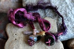 """Lovely idea to use a lampwork bead with a large hole.and add a """"fringe"""" of dangles at the bottom. I Love Jewelry, Wire Jewelry, Beaded Jewelry, Jewelry Bracelets, Jewelry Making, Arm Cuffs, Slave Bracelet, Large Hole Beads, Virtual Closet"""