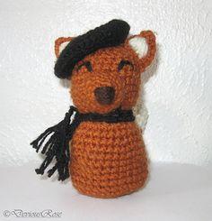 Ravelry: Kokeshi Fox pattern by DeviousRose free Crochet Fox, Crochet Animals, Crochet Hats, Amigurumi Patterns, Crochet Patterns, National Novel Writing Month, Fox Pattern, Arts And Crafts, Teddy Bear